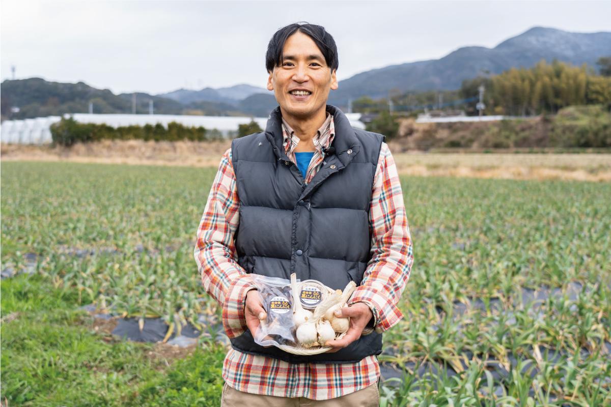 オイスターニンニク農家 田崎さん